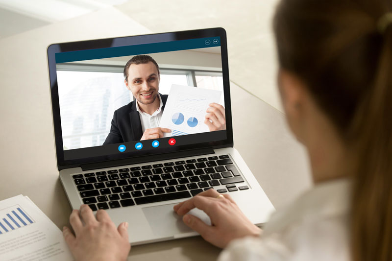 How do you keep eye contact with more than one person on a Zoom call?